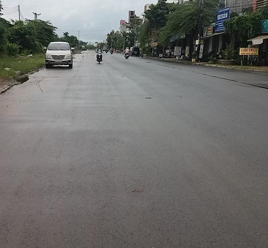 Đất thổ cư Bình Chánh sổ hồng riêng đường Nguyễn Văn Linh,giá chỉ 570 triệu/100m2.