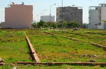 Bán 200 m2 đất có thể xây trọ tốt, KDC đông, Cạnh KCN, giá 850 tr, sổ hồng chính chủ